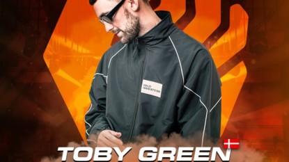 Manhattan CLUB Czekanów – United Revolution – Toby Green